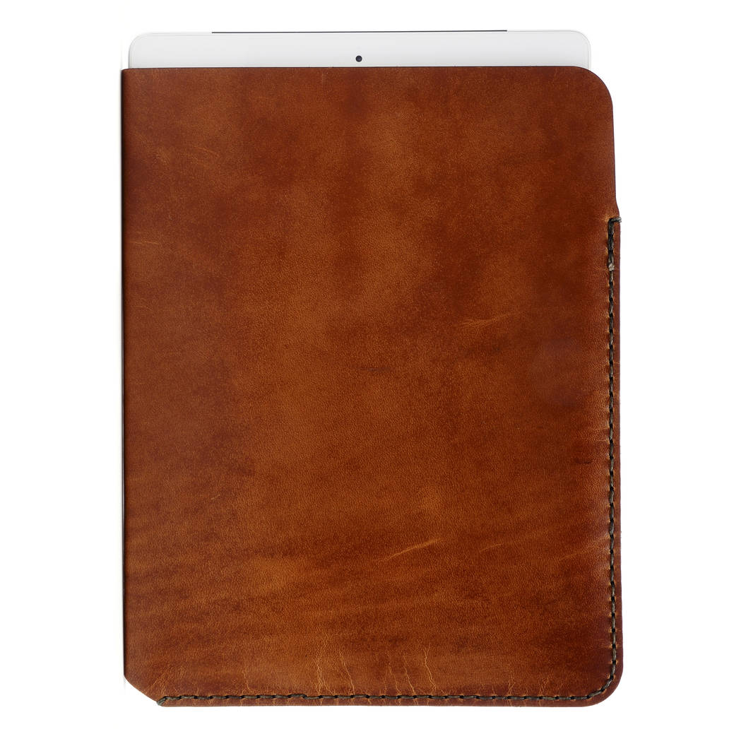 Spencer iPad sleeve found on Zady - www.zady.com/products/142 - via @zadypins #zady #style #fashion #wintersession